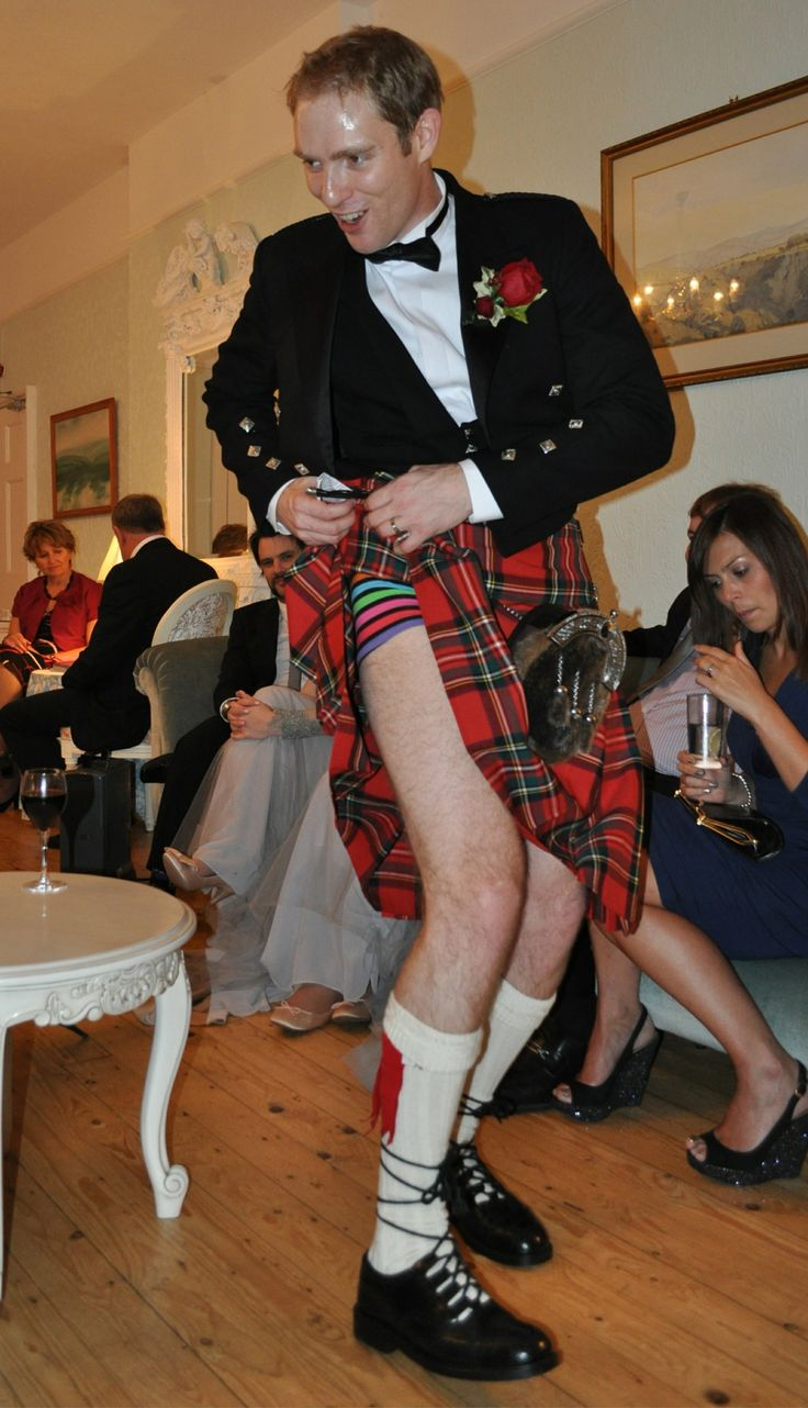 how to put on a kilt