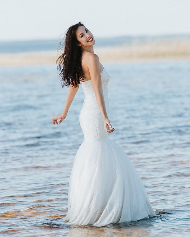 505b9e0c3cc28 Another Mermaid Wedding Gown #awbridal Use One word One emoji to express  your feeling. Wedding gown: @aw.bridal Photo: @an… | AW Instagram  inspiration in ...