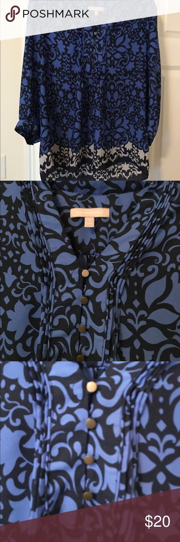 EUC Banana Republic Blue/Black Pattern Blouse Blouse with gold button details. Great career piece or date night. Flowing feel to it, can easily be a maternity piece for the first few months. Banana Republic Tops Blouses