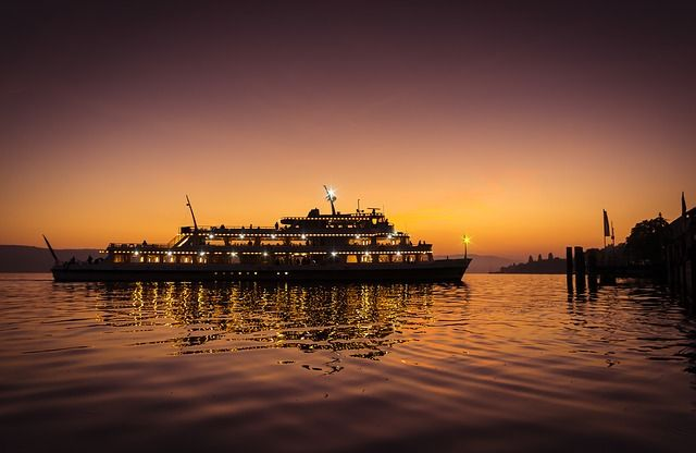 4 Tips to Find Unbelievably Affordable Cruise Packages - See more at: http://holidaybays.com/4-tips-to-find-unbelievably-affordable-cruise-packages/#sthash.p3qjUNcN.dpuf