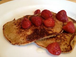 Finally a Paleo pancake that my kids will eat.  So easy and yummy.: Fun Recipes, Almond Pancakes, Almonds, Bananas, Banana Almond, Aka Paleo, Almond Butter, Flour Pancakes, Paleo Pancakes