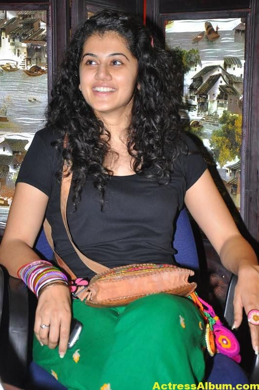 Bollywood Actress Tapsee Hot