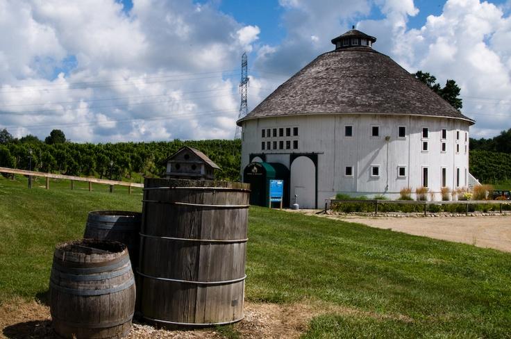 old mission michigan wineries | Round Barn Winery - Lake Michigan Shore Wine Trail