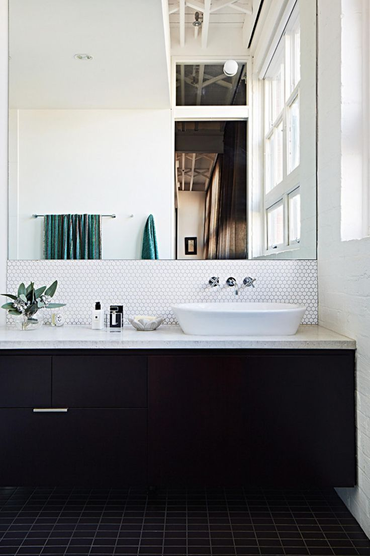 10 black and white bathrooms. Styling by Jacqui Moore. Photography by Armelle Habib.
