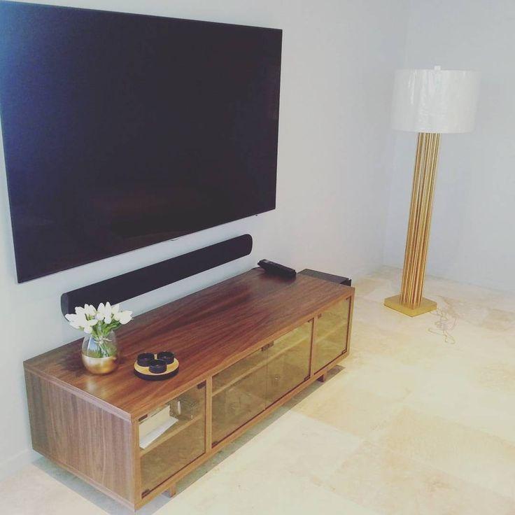 Walnut media cabinet #welldoneperth  #donepertmedia #eastperth #interiors #perthinteriors  #timbercabinetry #bespoke  #handcrafted #madeinaustralia