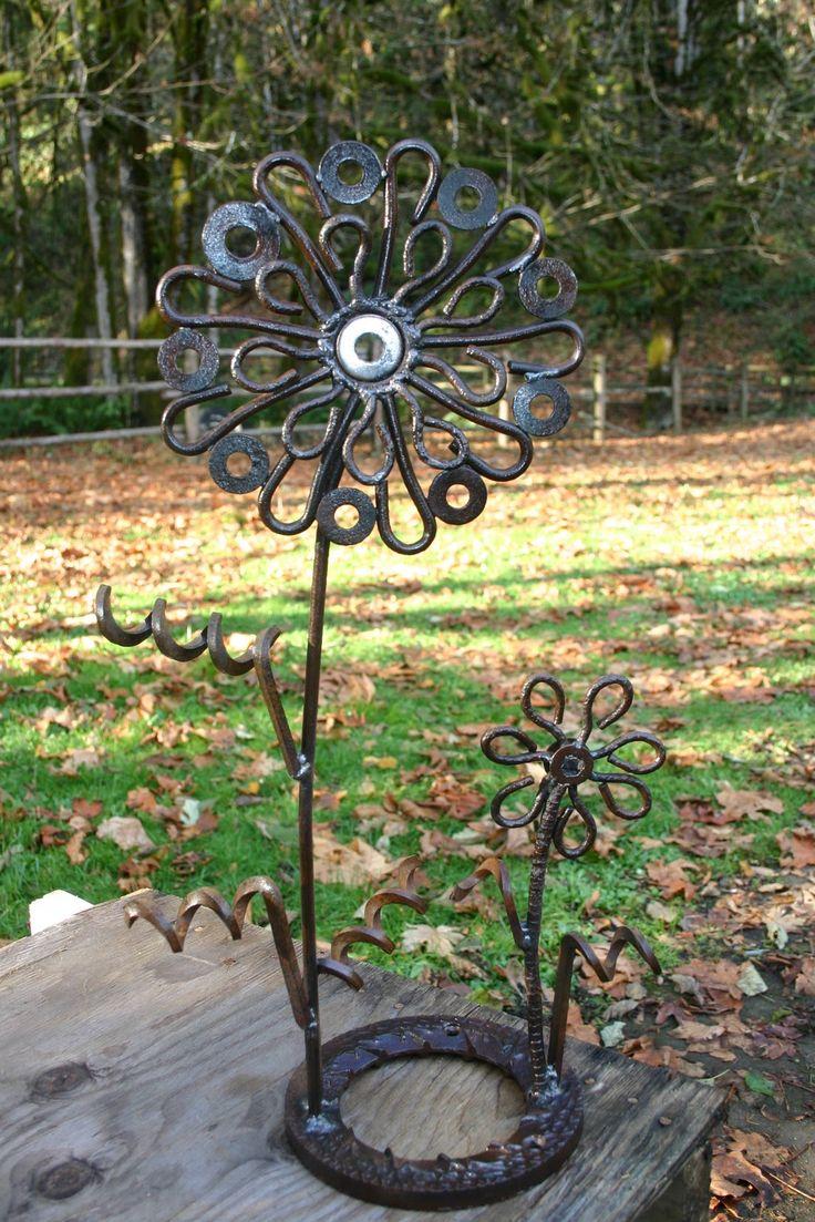 1000 images about welded flowers on pinterest gardens metal garden art and flower. Black Bedroom Furniture Sets. Home Design Ideas