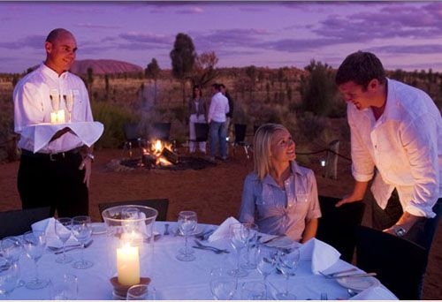 Dining under the Australian Outback Stars! wow....I just want to get to Australia someday...but wouldn't mind a dinner here!!!