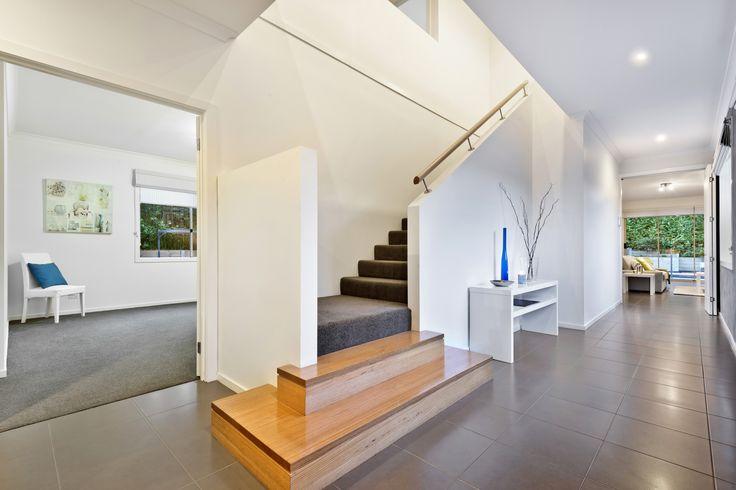 23 Woodley Crt Diamond Creek Over height ceilings and doors