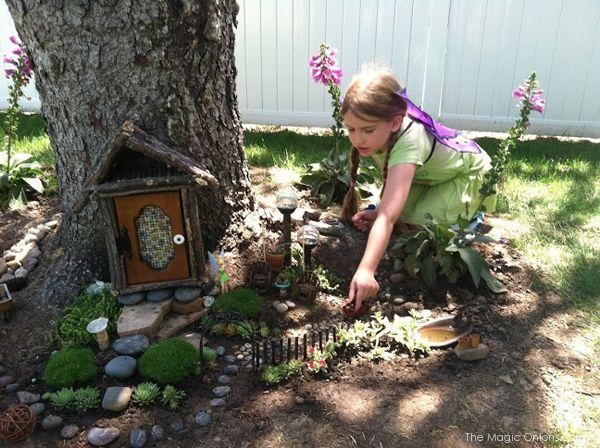 Gnome In Garden: 25+ Unique Tree Trunks Ideas On Pinterest