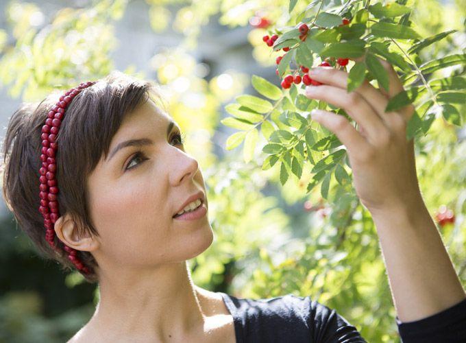 MÁDARA Pihlaja-DD-voide by Noora Shingler 60 ml. Vitamiinipitoinen ja suojaava monitoimivoide kasvojen, käsien, huulten ja vartalon kuivien ihoalueiden hoitoon.