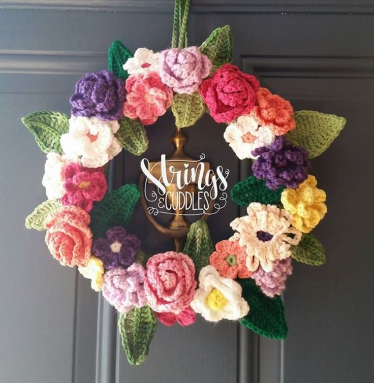 17 Best images about Crocheted Wreaths on Pinterest Yarn ...