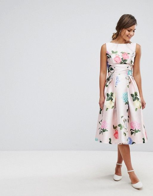 cf0bbb65bac7 A floral dress for many summer occasions  graduations