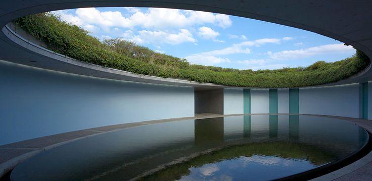 建築:安藤忠雄 http://www.benesse-artsite.jp/benessehouse/room/oval/twin.html