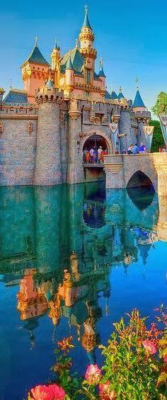 The Infinite Gallery : Disneyland Park, Disneyland Resort, Anaheim, CA