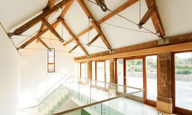 A Dramatic Barn Conversion Homebuilding Amp Renovating