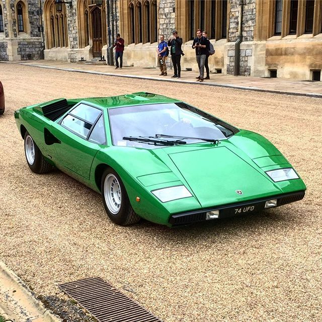 Lamborghini Countach #nospoilersisalwaysbetter name a car that's better looking with a spoiler that's not a race car - I dare you