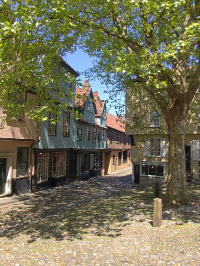 The cobbled streets of Elm Hill in Norfolk, England