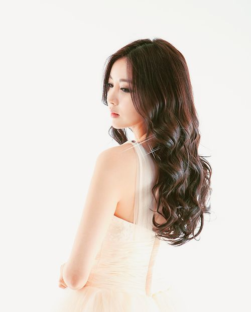 Move to Do Hwe Ji ! :d she's look flawless here xD i like this one kk~ #HweJi