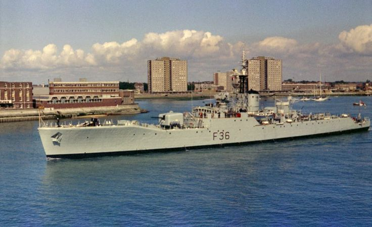 Hms Whitby Quot Battle Ships Naval History Navy Ships