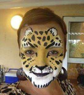 Face Painters & Special Effects Artistry offer face painting, balloon sculpting & clown for kids parties as well as make up and nails for moms wanting to look glamourous http://jzk.co.za/1bi