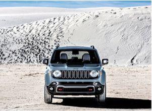 """Jeep Renegade Trailhawk. """"Ruée sur les SUV"""" Il y a quatre ans, les 4 x 4 représentaient moins de 10 % du marché. Ils dépasseront les 30 % en 2015, soit une voiture sur trois. Chronique d'un succès qui ne fait que commencer."""