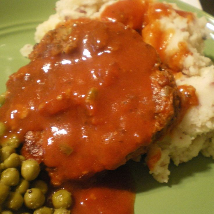 Skillet Meatloaf Steaks With Tomato Gravy #recipe | Justapinch.com