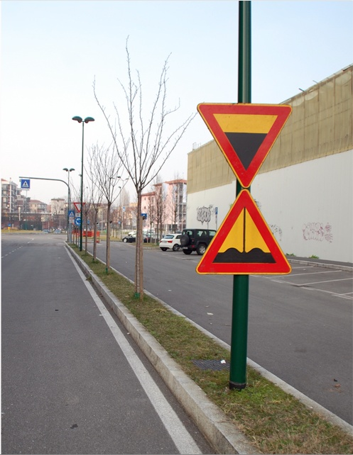 """STREET HOURGLASS"" by Fra.Biancoshock _ Milan (IT) 2013"