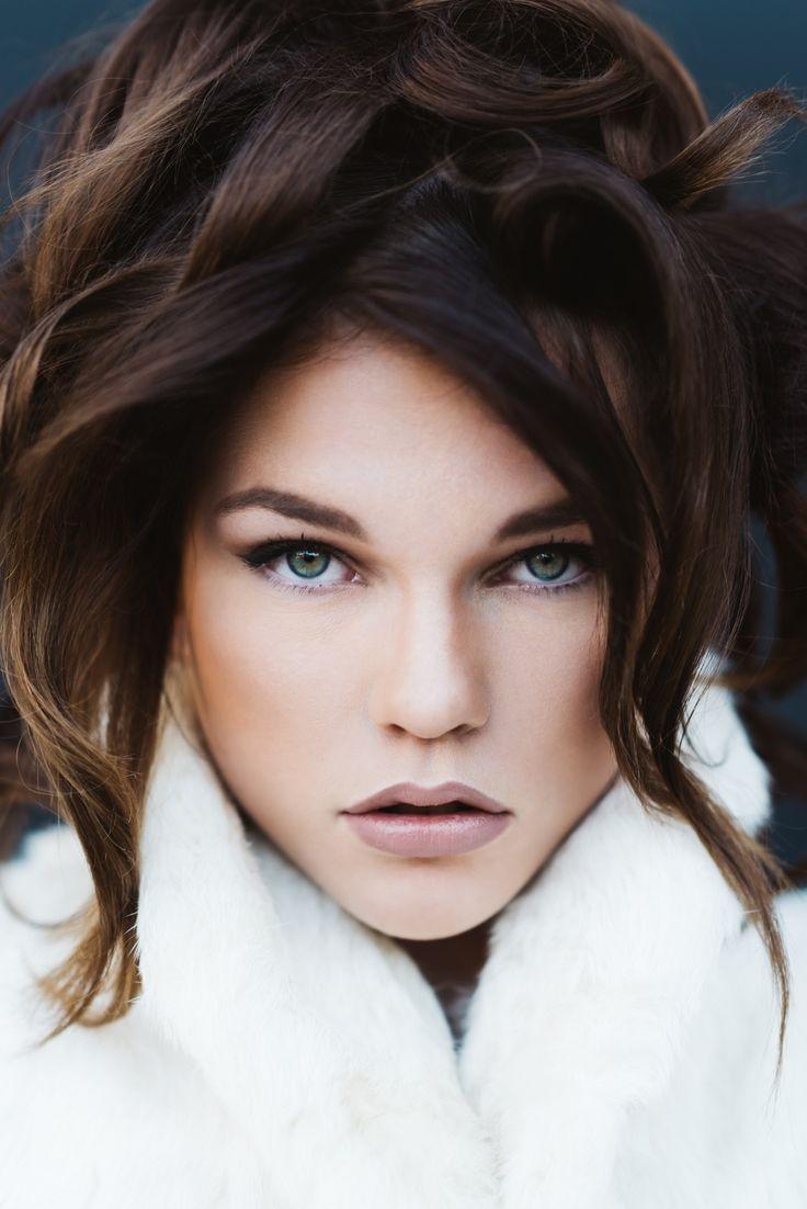 Model: Linsey Makeup, hair and styling: Dori Randall  Photo: Brad Olson