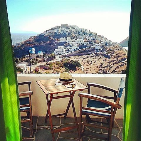The adorable Kastro village , at Sifnos island (Σίφνος)❤️. The most ancient village of the island with a great historical houses and churches , perfect for a walk !!