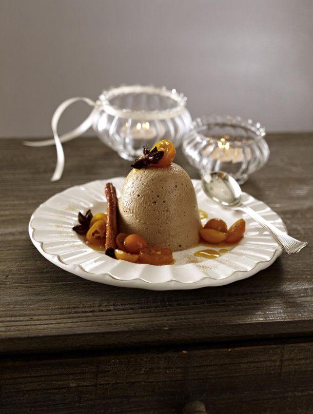 Unser beliebtes Rezept für Lebkuchen-Parfait auf Orangensoße mit mariniereten Kumquats und mehr als 55.000 weitere kostenlose Rezepte auf LECKER.de.
