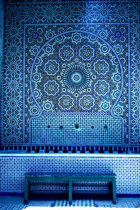 .Pattern, Mosaics, Moroccan Interiors, Colors, Architecture Interiors, Blue Tile, House Interiors, Travel Tips, Moroccan Tiles