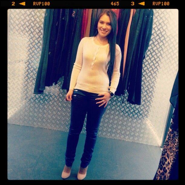 #Smile #Mujer #Fashion #UniqueStyle #Moda #Woman #Clothing