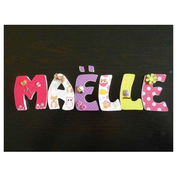 Prénom avec lettres en bois personnalisables : exemple MAELLE