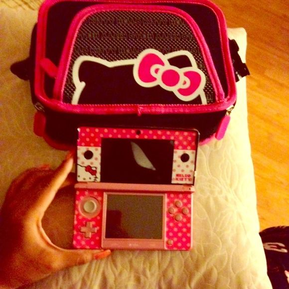 Nintendo 3DS Bundle Pink 3DS bundle. Hello Kitty themed skin. Includes hello kitty carrying case. 3 Extra stylus and two games. Charger included. Not available for trade. Accessories