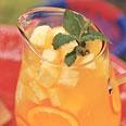 Pineapple Sangria: Pineapple Juice, Pinneappl Sangria, Pineapple Sangria Mak, Cups Pineapple, Pineapple Sangria Holy, Pineapple Sangria Now, Favorite Recipes, Pineapple Sangria Mmmmm, Sangria Recipes