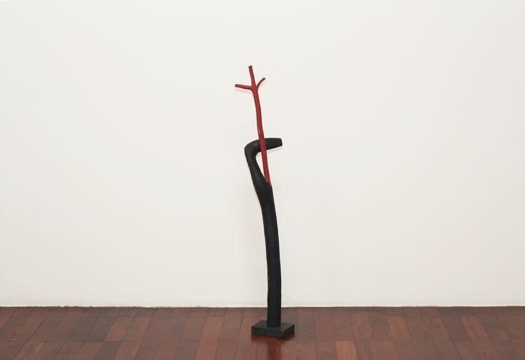 Cícero Alves dos Santos - Véio Sem título , 2012 Tinta acrílica e madeira 100 x 12 x 13 cm
