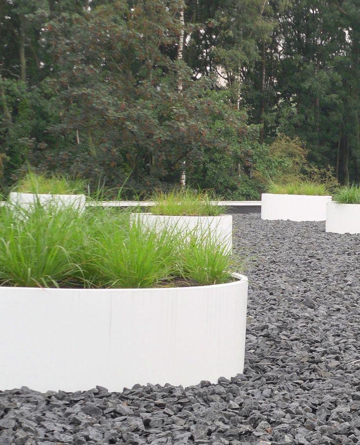 17 best images about planters aluminum on pinterest gardens modern landscaping and bespoke. Black Bedroom Furniture Sets. Home Design Ideas