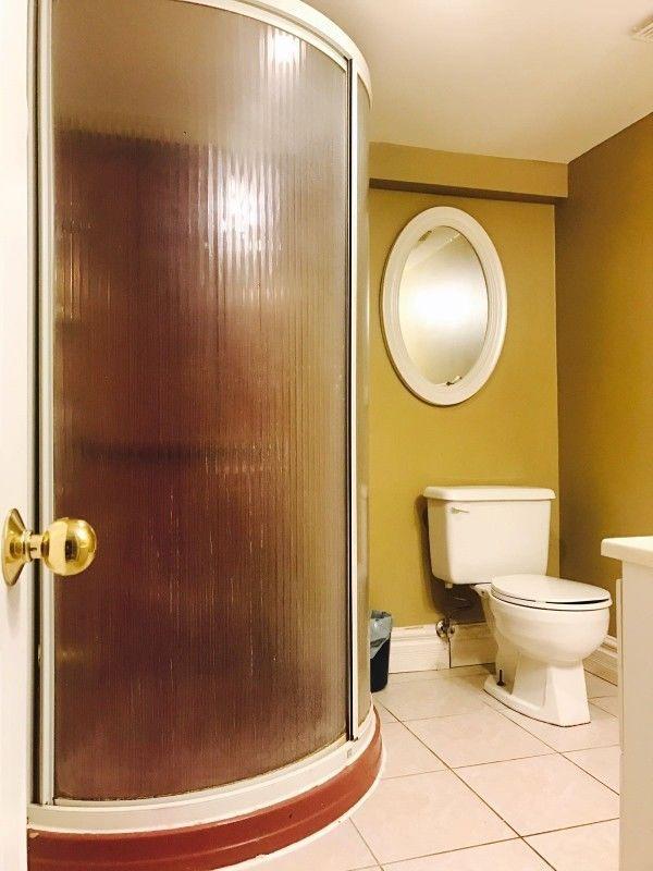 Room For Rent Private Washroom Scarborough