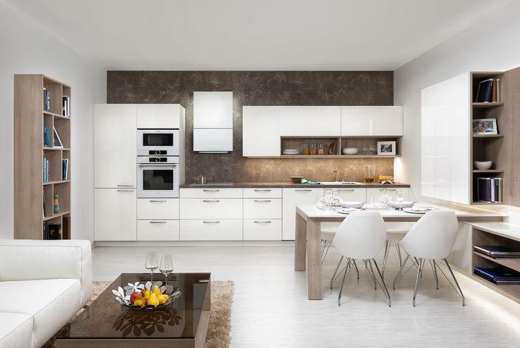 moderna kuchyna HANAK na mieru, biela v kombinacii so svetlym drevom