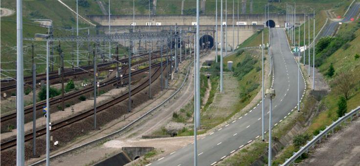 Le Royaume-Uni a envisagé de détruire le tunnel sous la Manche avec une bombe nucléaire