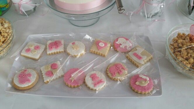 Baby shower cookies wrap in a clear cellophane