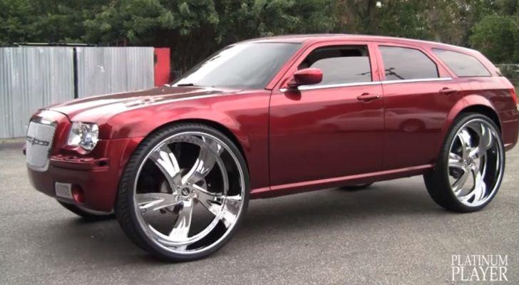 Chrysler 300C Touring Donk on 32-Inch Amani Wheels [Video]
