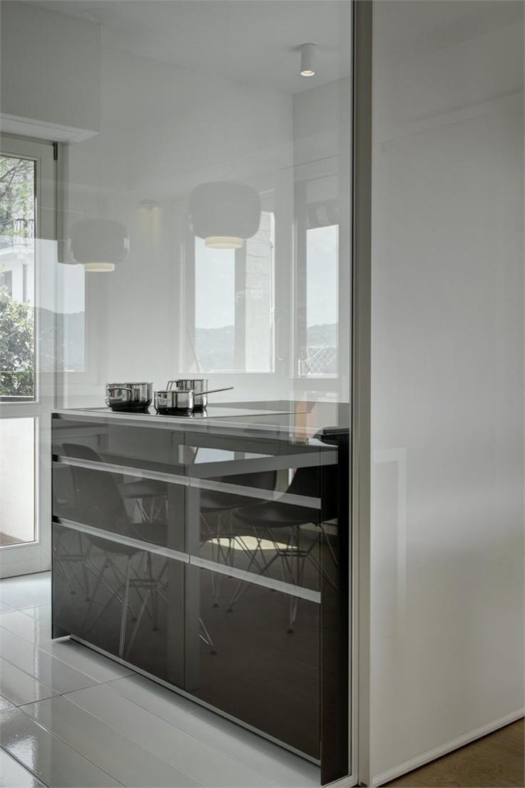 Casa YM, Rapallo, 2012 By Enrico Scaramellini @Valcucine Kitchens #kitchen # Design