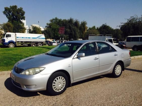 Toyota camry 2005 for sale - AED 24000