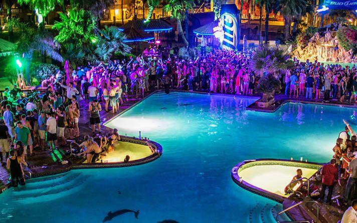 South Padre Island Spring Break | Beaches, Bars & Hotels