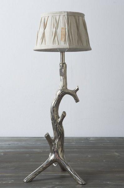 Klassisk lampeskjerm fra RM i naturell/ beige farge.