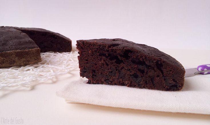 Torta matta al cioccolato senza uova latte e burro (dairy free/vegan chocolate cake)
