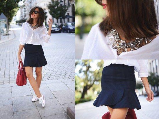 falda trompeta con blusa blanca