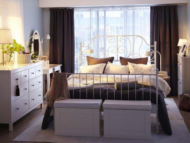 Ikea-Schlafzimmer-Design-Dekoration-Vintage-Romantik-Metallbetten und weiß