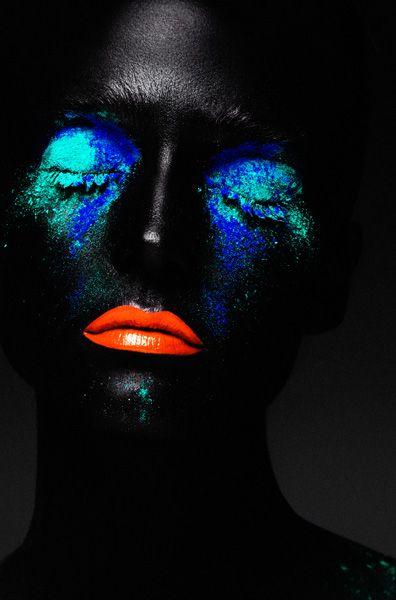 creative beauty, blue and aqua paint, orange lips   Rae Morris Beauty